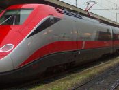 ETR 500 Frecciarossa (Trenitalia) by Sky via Wikimedia Commons