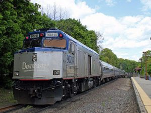 Downeaster bound for Portland, Maine passing though Ballardvale, Andover, Massachusetts by MBTafan2011 from Wikimedia Commons